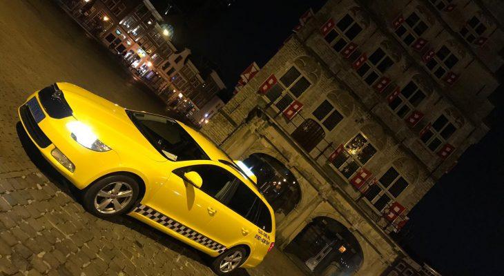 Taxi One - JXEC2539